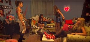 les jeunes filles de Clip de Maja Milos