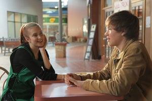Sean et son amie Deanna dans Blackbird