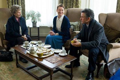 Judi Dench, une religieuse et Steve Coogan en plein enquête