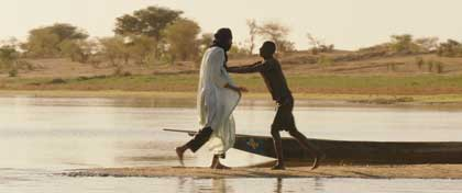 Timbuktu - Ibrahim Ahmed dit Pino face au pêcheur