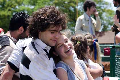 Peter Lanzani (Alejandro) dans El Clan