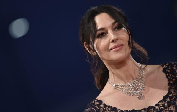 Monica Bellucci, maîtresse de cérémonie - Cannes 2017 - Cine-Woman
