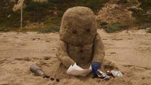 Le bonhomme de sable d'Une bouteille à la mer