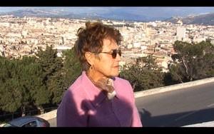 La mère de Dominique Cabrera en Algérie dans Grandir