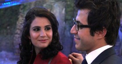 Wajma et Mustafa flirtent
