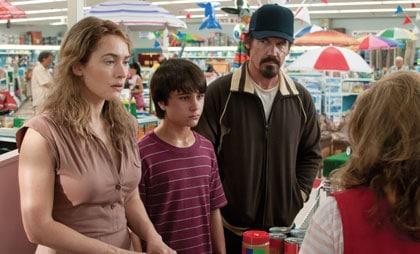 Kate Winslet, Gattlin Griffith, Josh Brolin