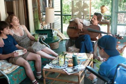 Gattlin Griffith, Kate Winslet, Josh Brolin