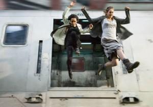 Zoë Kravitz et Shaileene Woodley dans Divergente