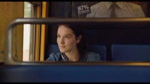 Anaïs Demoustier dans le RER
