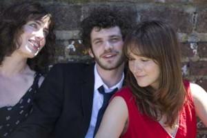 Sophie Verbeeck, Felix Moati et Anaïs Demoustier dans A trois, on y va