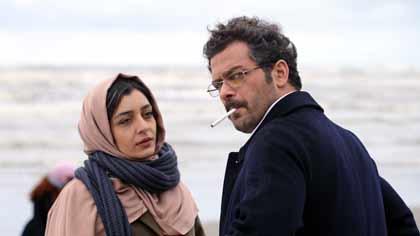 Sareh Bayat (Nahid) etPejman Bazeghi (Massoud) dans Nahid d'Ida Panahandeh
