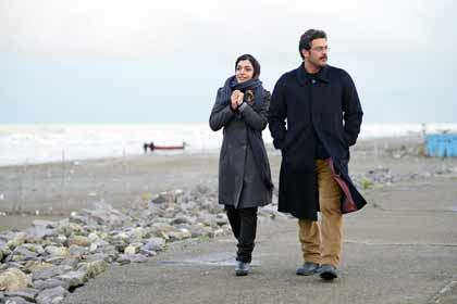 Sareh Bayat (Nahid) et Pejman Bazeghi (Massoud) dans Nahid d'Ida Panahandeh
